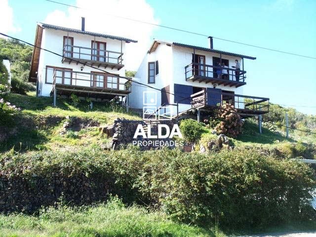 Casas en venta en cerro san antonio 001 piri polis for Jardin 4 maldonado